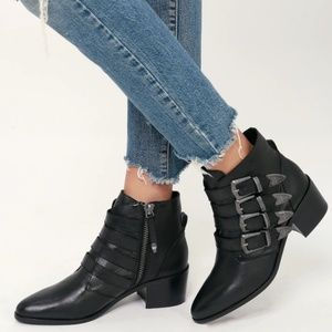 STEVE MADDEN Billey Black Leather Buckle Boots NEW